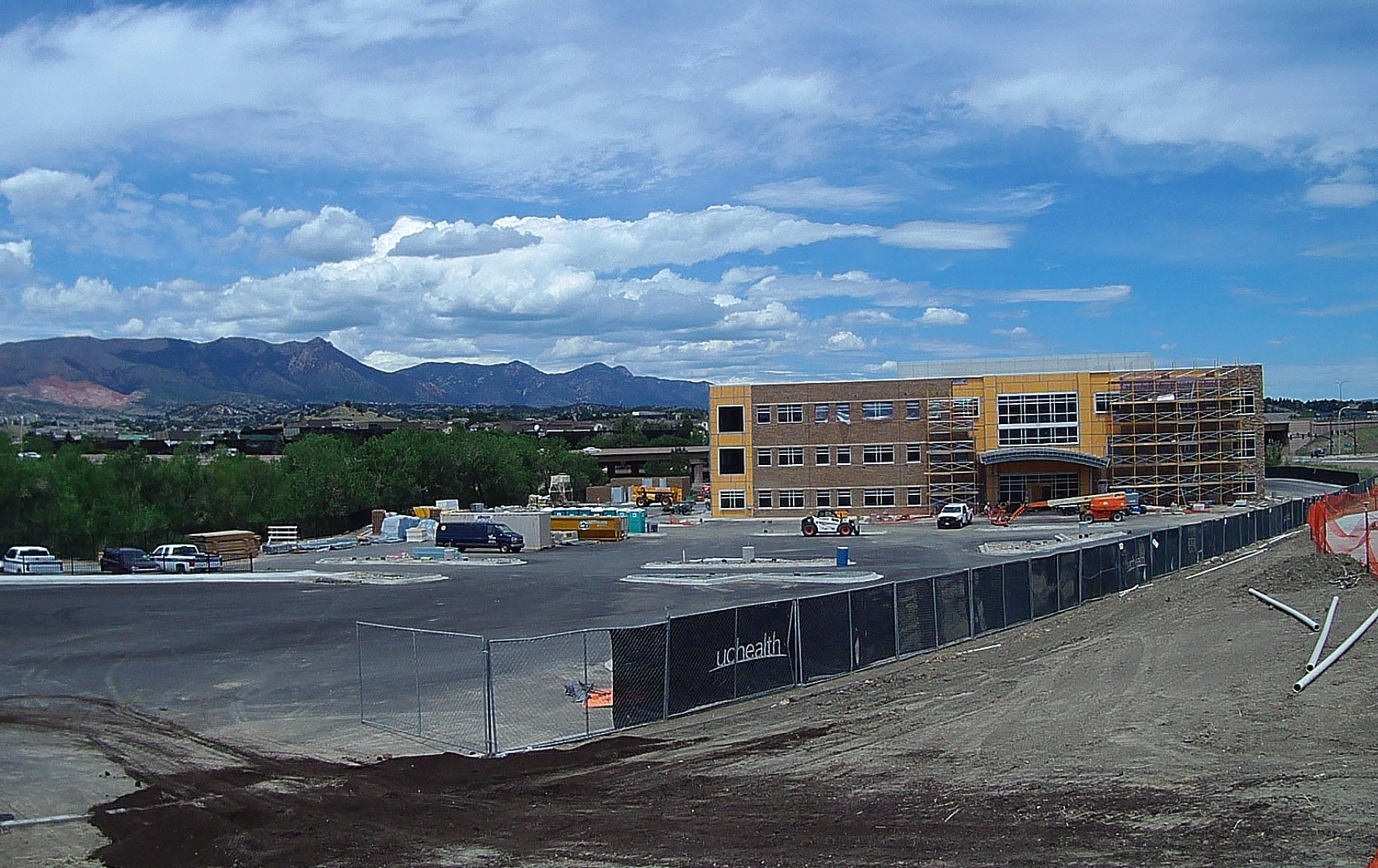 UC Health Sports Medicine Clinic is being built right next to their Grandview Hospital